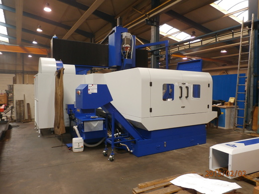 Portal machining center